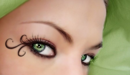Green_eyes_by_Soumiita