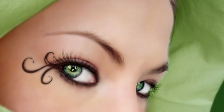 Green_eyes_by_Soumiita