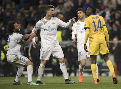 Real Madrid vs Juventus   Referee has garbage bag instead of heart     Real Madrid vs Juventus