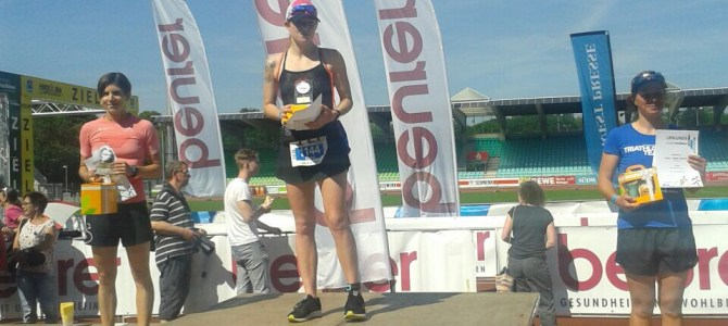 Flora gewinnt den Einstein Triathlon in Ulm