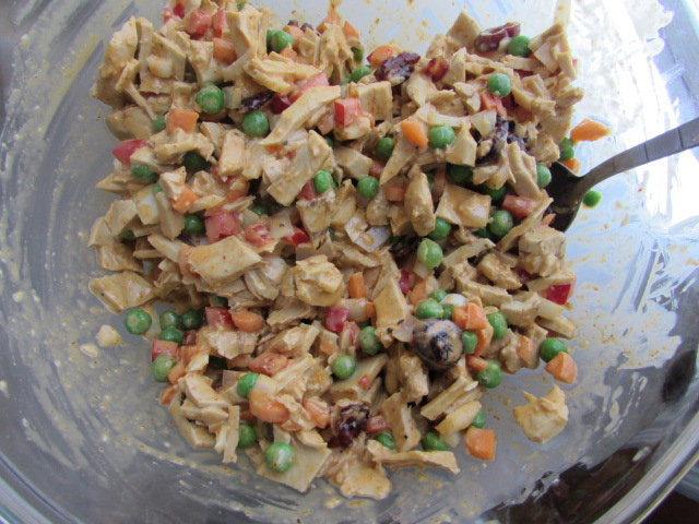 Vegan Curry Chicken Salad