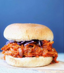 Pulled BBQ-Carrots with Homemade BBQ Sauce