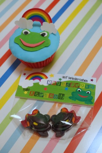 rainbow frog cupcake and giveaways