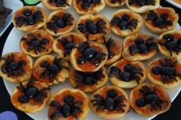 spider mini-pizzas