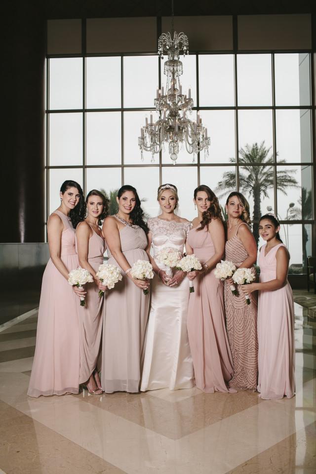 Novias y madrinas de matrimonio