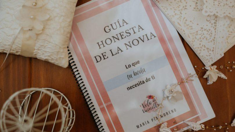 Descarga GRATIS la Guía Honesta de la Novia de Velo de Vainilla!