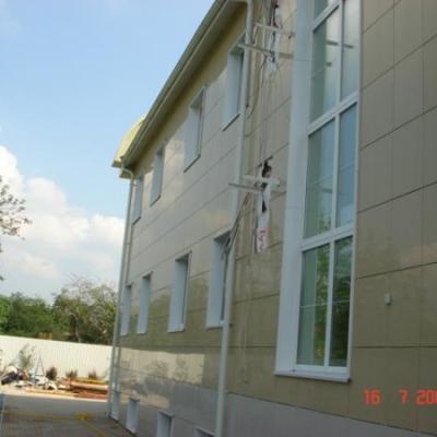 Комплектация и монтаж вентилируемого фасада, с утеплением 100мм в два слоя, облицовкой керамогранитом на оцинкованную подсистему