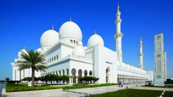 abu-dhabi-uae-sheikh-zayed-mosque