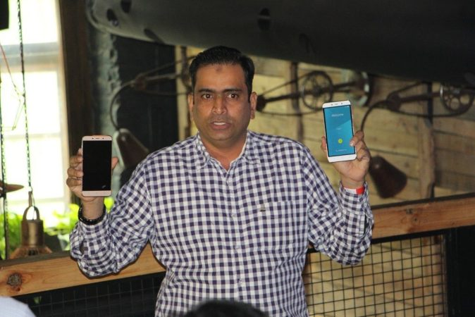 Syed Tajuddin with Coolpad Note 3 Plus