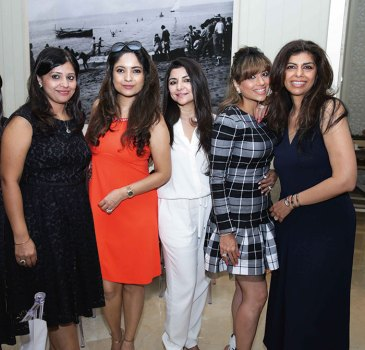 Amrita Chowdhury, Kunika Singh, Yasmin Morani, Monaz Jethwani, Zeba Kohli