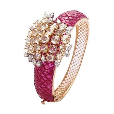 Anmol Jewellers bracelet with rubies and diamonds in 18-carat gold