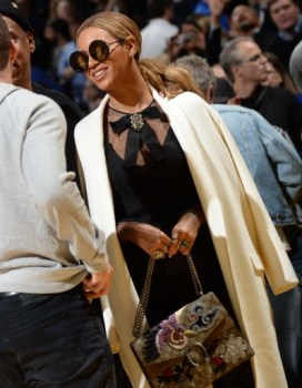Beyonce carrying the Dionysus bag