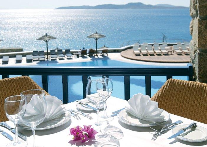 Dolphins of Delos, Mykonos Grand Hotel