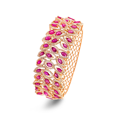 Minawala bracelet with rubies and diamonds in 18-carat rose gold