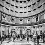 Rome. Italie. A l'interieur du Pantheon. Piazza della Rotonda 21/04/2015. Patrick Tourneboeuf/Tendance Floue pour le City-Guide Vuitton.
