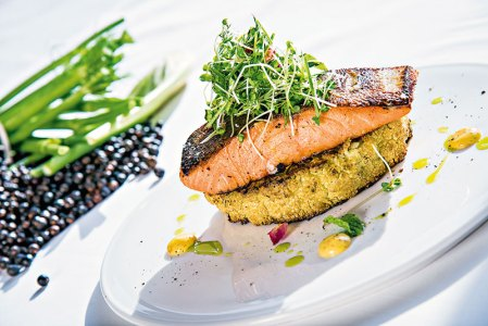 Juniper cured atlantic salmon, cauliflower carpaccio, micro greens salad and pommery hollandaise