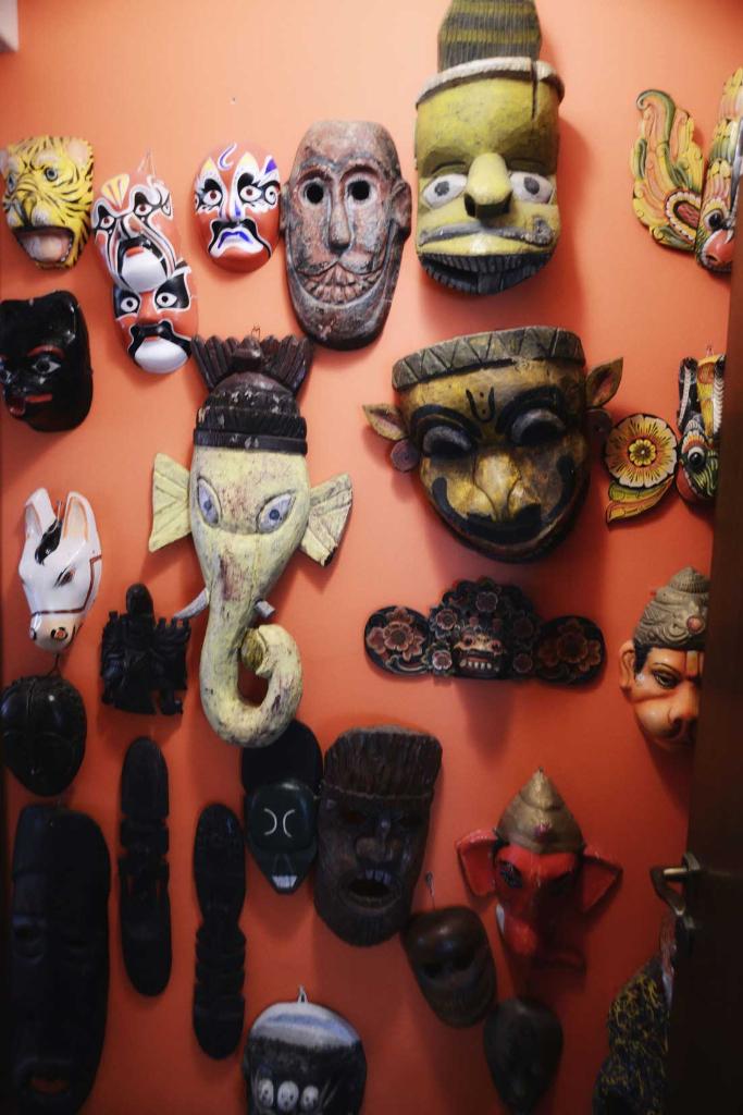 International wall of artefacts