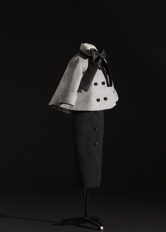 The Dior Allure – Aventure Ensemble Hc Ss 1948