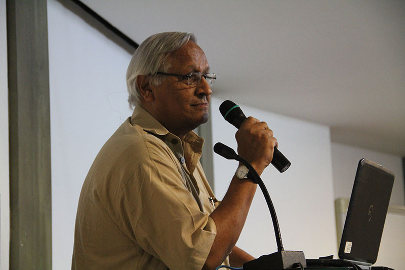 Bunker Roy speaking at the Godrej India Culture Lab in Mumbai
