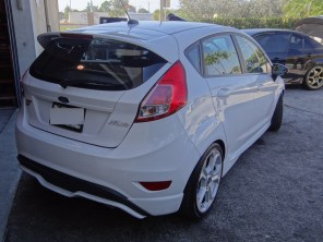 Ford Fiesta ST stance with 15mm H&R TRAK Wheel Spacers