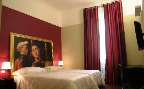 Recensione club hotel dove dormire a milano low cost for Dormire low cost milano