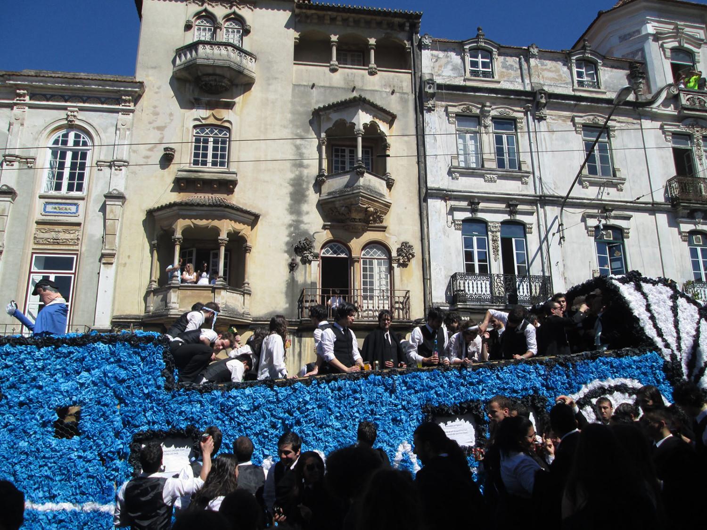In Portogallo per la Queima das Fitas