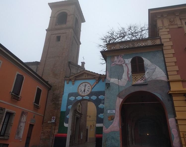 dozza borgo dei murales romagna
