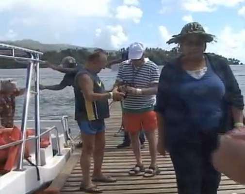 turistas ballenas jorobadas samana