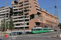 Edificios de la OTAN bombardeados