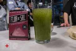 Sopa de hierbabuena y sal