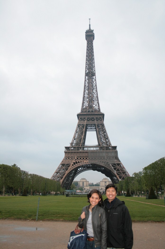 The requisite lovers in Paris shot.