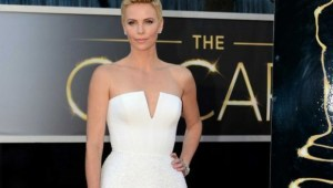 Charlize Theron Oscar 2013