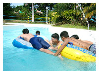 hold on to the feet!