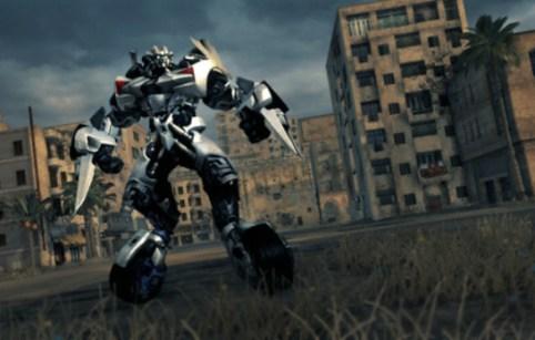 http://i2.wp.com/www.videogamesblogger.com/wp-content/uploads/2009/07/transformers-2-revenge-of-the-fallen-dlc-coming.jpg?resize=482%2C307