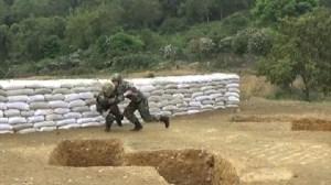 Εκπαιδευτής σώζει στρατιώτη μετά από ρίψη χειροβομβίδας