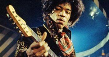 Jimi-Hendrix-001