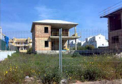 UNIFAMILIARES LOS GORRIONES EN ISLA CANELA HUELVA
