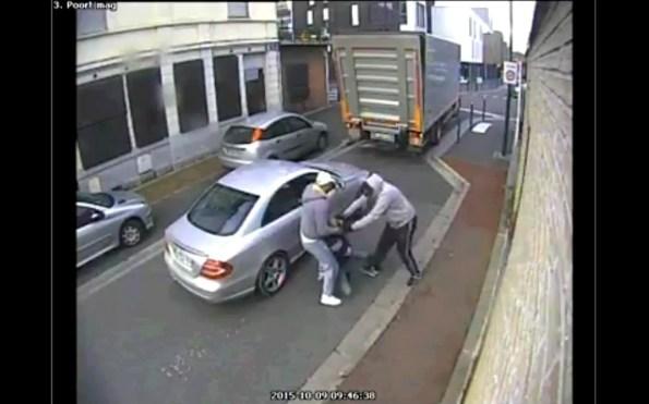 CAM-ils-tentent-de-kidnapper-un-livreur