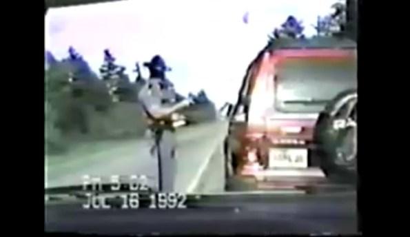PERLES-controle-routier-le-policier-le-plus-calme-du-monde