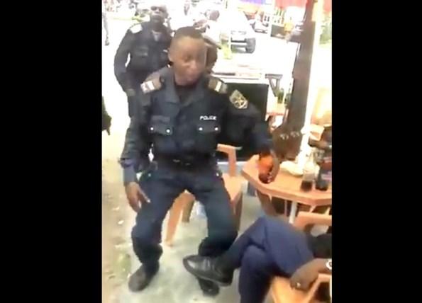 PERLES-la-police-du-congo-se-lache