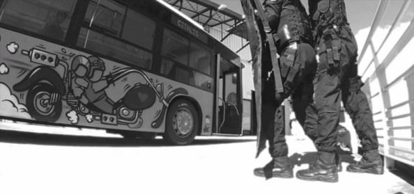 PN-assaut-d-un-bus-par-le-gipn-de-la-reunion
