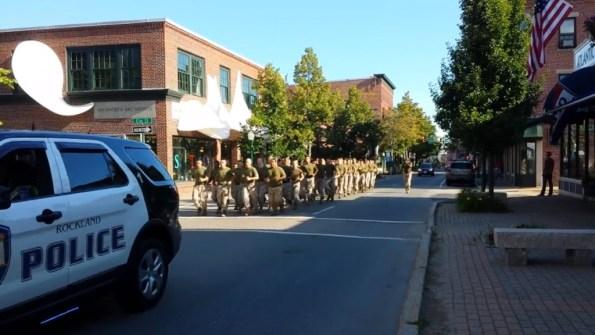 US-des-marines-americains-s-entrainent-encadres-par-la-police