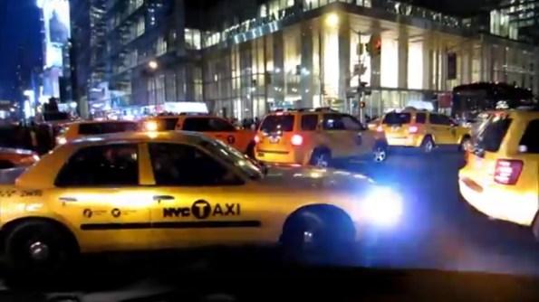 US-un-faux-taxi-voiture-de-police-a-new-york