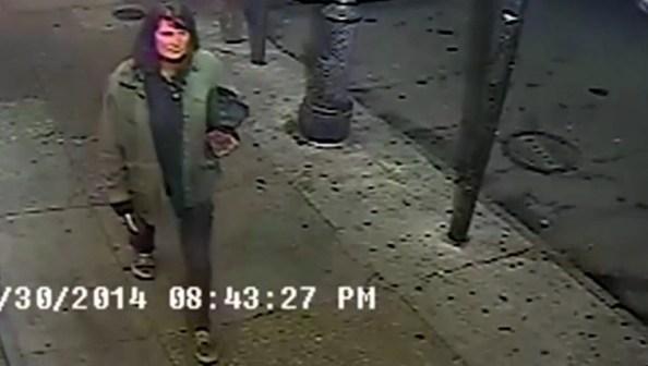US-une-femme-poignarde-des-passants-au-hasard-dans-la-rue