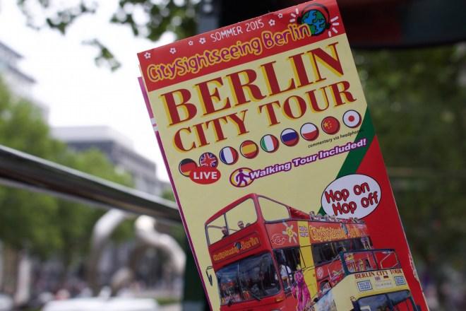 stadtrundfahrt bus berlin sightseeigntour berlin boot schifffahrt bootstour citytour städtereise ausflug vielweib reisen reiseblog