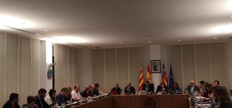 """Els grups polítics s'uneixen per a demanar al Govern Central i Generalitat """"les necessitats més urgents"""""""