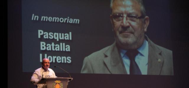 El Sambori recorda a Pasqual Batalla davant més de 5.000 alumnes