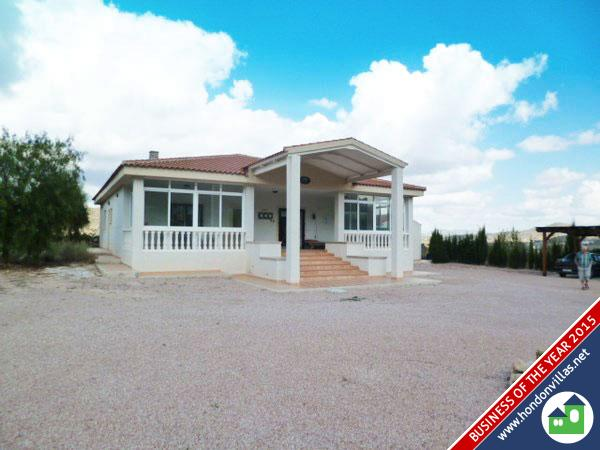 253 Bayon – A stunning Detached Villa with Pool – must be viewed