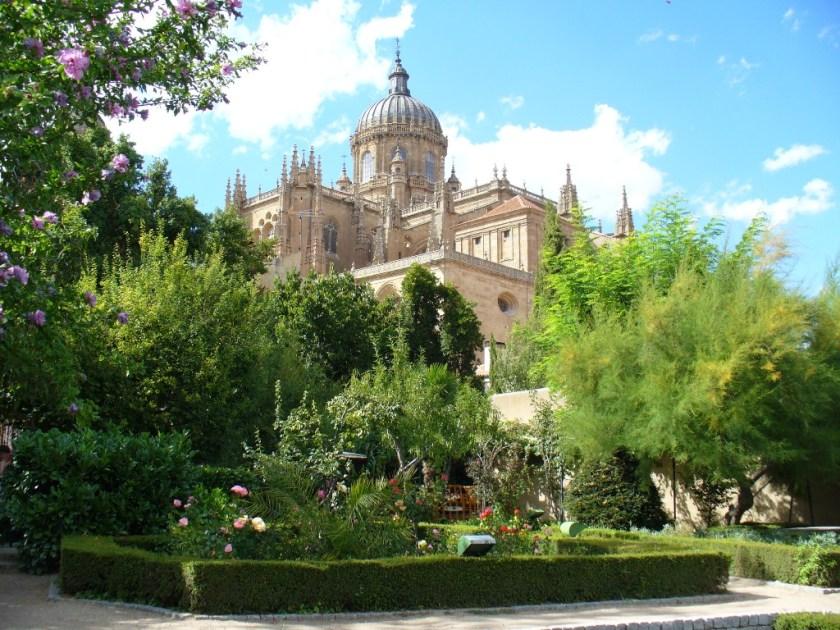 The huerto de Calixto y Melibea, Salamanca. / Picture: miguelyamparosecasan2012.blogspot.com