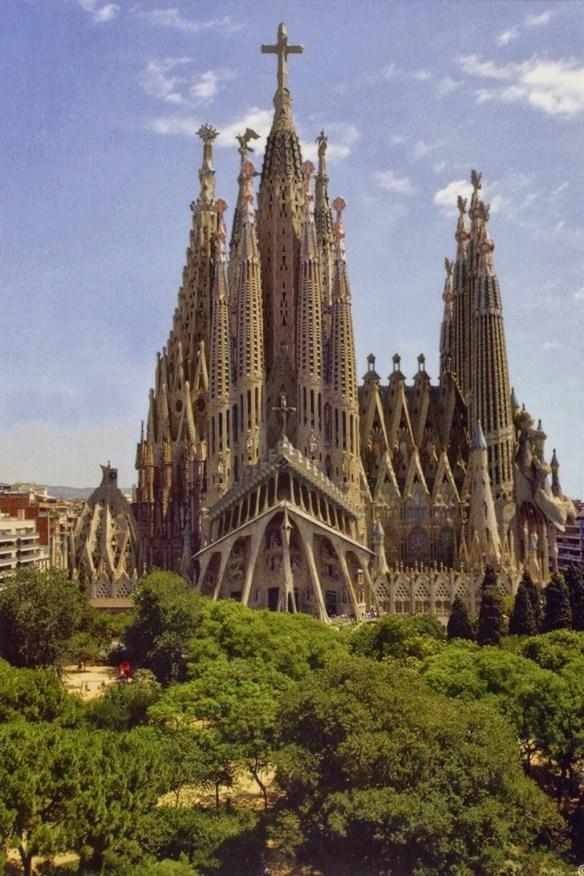Basilica of the Sagrada Familia. / Photo: Mosingenieros.com